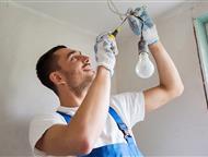 Выполнение электромонтажных работ любой сложности Требуются услуги электрика?!     Опытный специалист поможет вам:  - составить смету на необходимые р, Ижевск - Электрика (услуги)