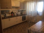 Краснодар: Продается уютная квартира с отличным ремонтом, Продается уютная квартира с отличным ремонтом, 2 гардеробные, балкон и лоджия застекленные, две сплит с